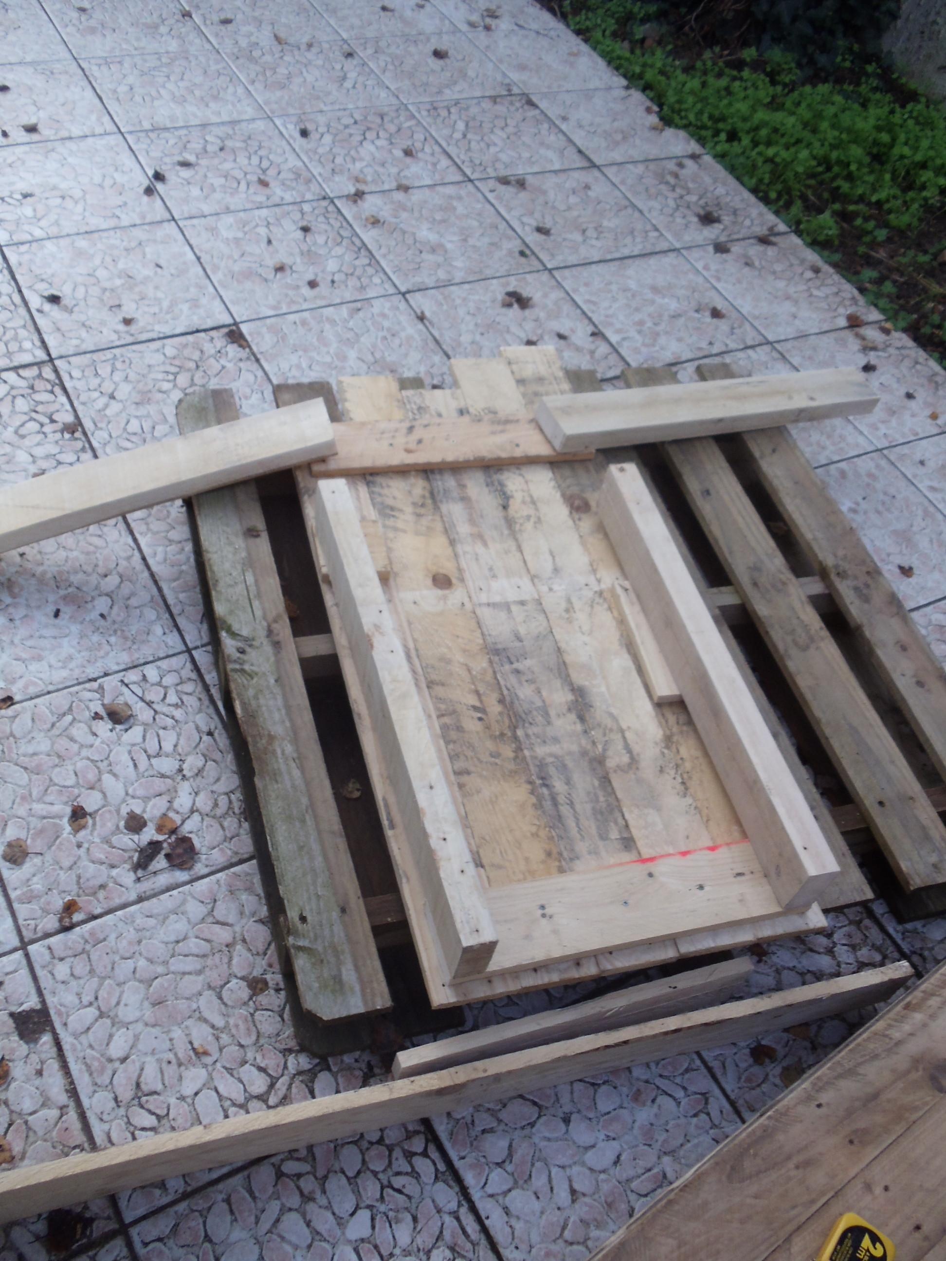 fabriquer un bureau bois. Black Bedroom Furniture Sets. Home Design Ideas