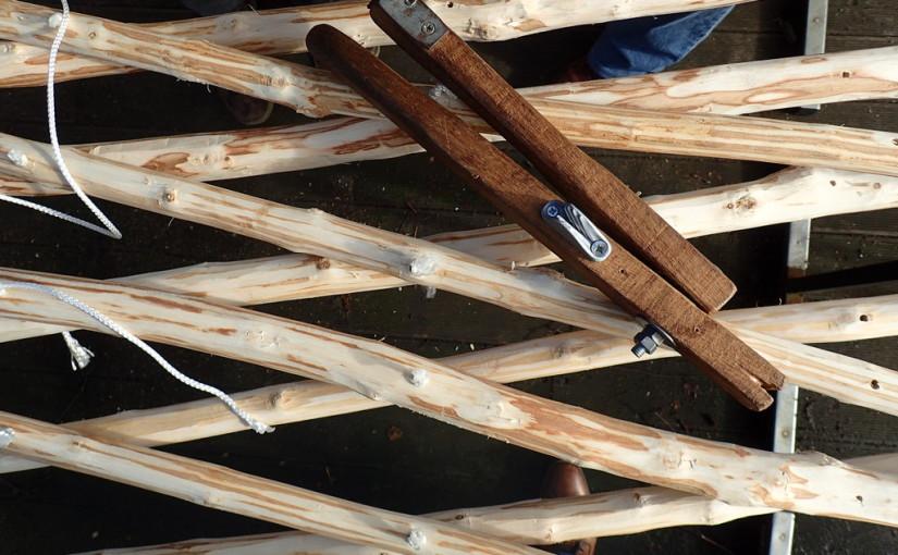Construction de la yourte : Les murs (treillis) & la toile intérieure