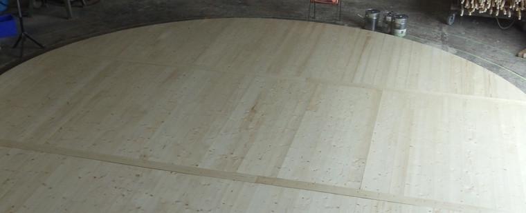 Construction de la yourte : lambourde, plancher…