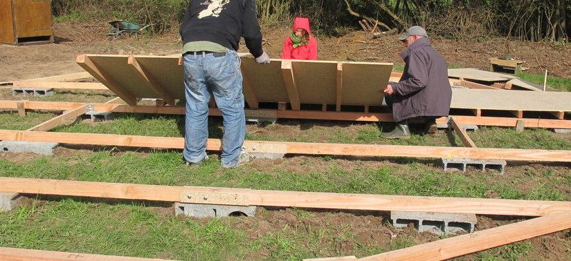 Montage de la yourte : première journée de chantier