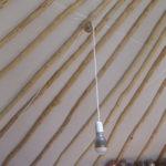 L'ampoule LED sur sa poulie