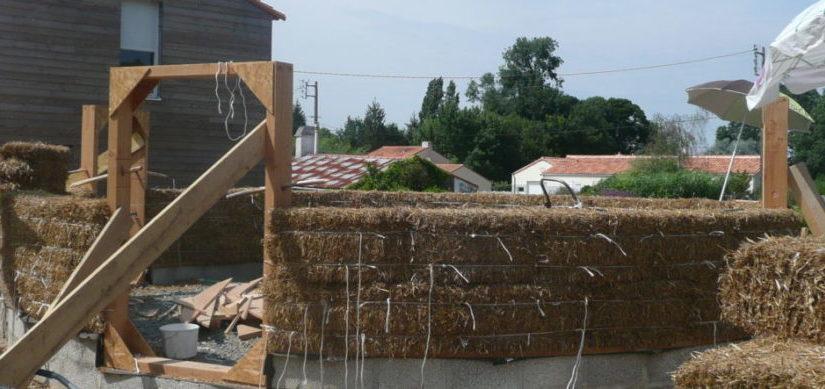 Chantier mur en paille porteuse